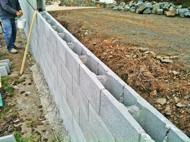 Reinforced Block Retaining Wall   Island Block Pavers. U201c