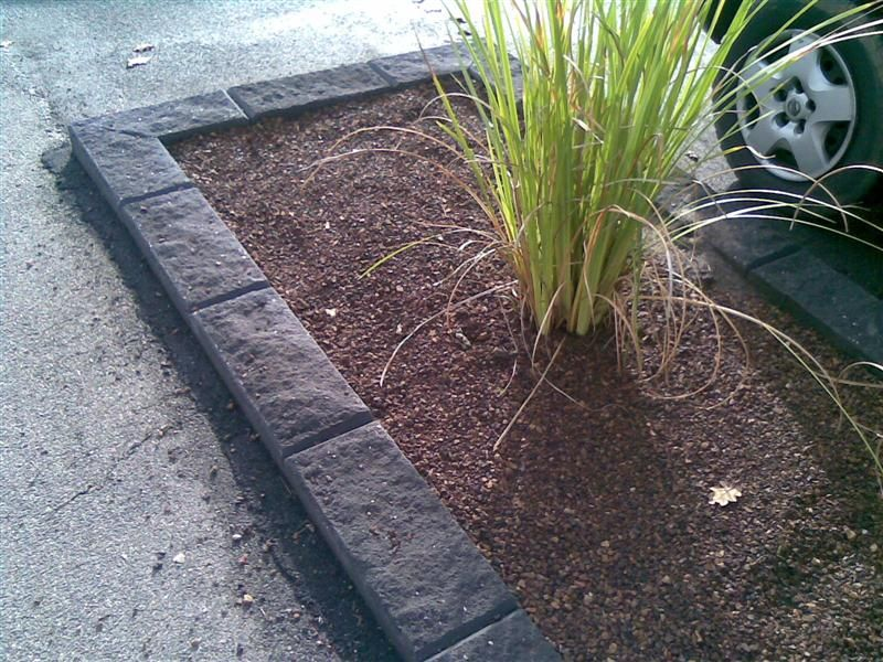 Charmant Kerb Unit   Bluestone
