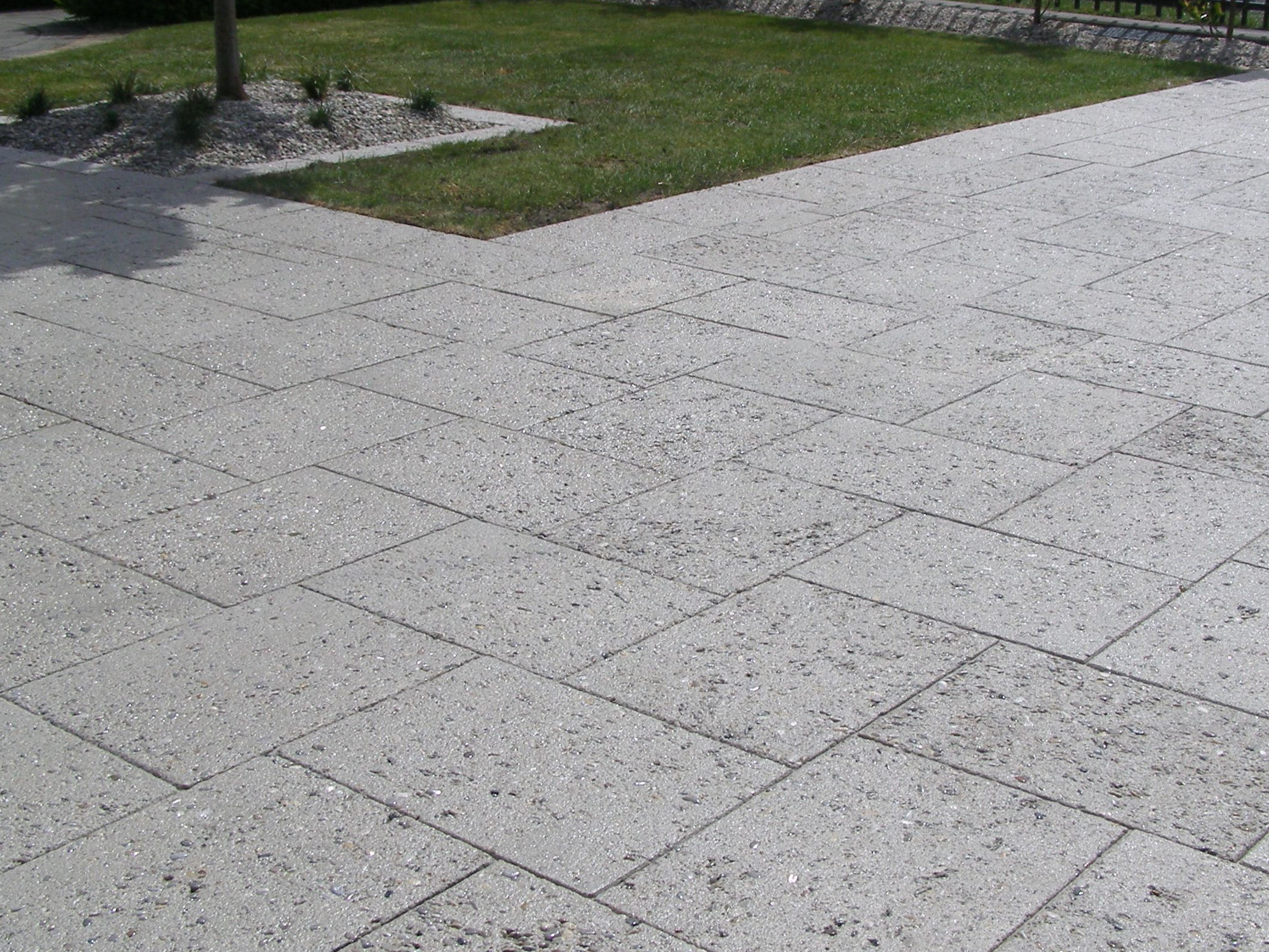 Island Block Amp Paving Exposed Aggregate Pavers